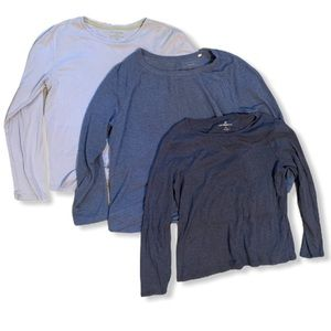 women's blue XL long sleeved shirt lot